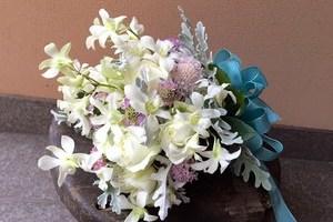 お見舞いの花を贈るときのマナーと避けるべき花の種類を紹介